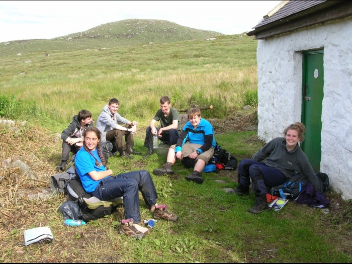 Group at Tunskeen bothy